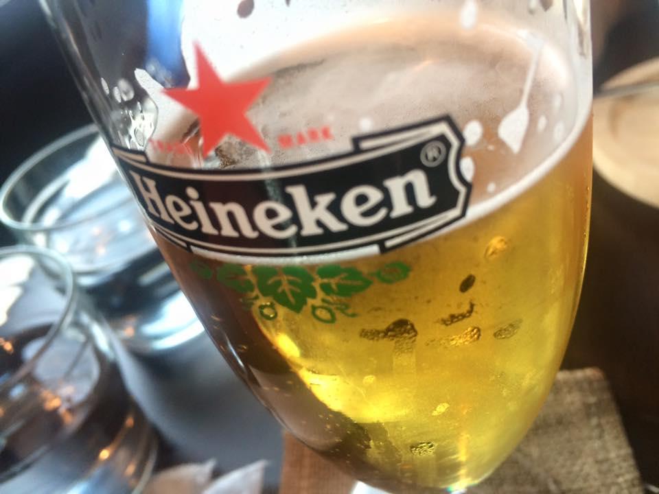 お酒が好きなともちゃんはビールね♪