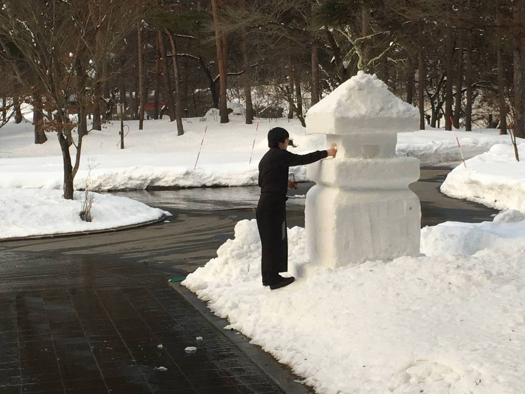 上杉雪灯篭まつり と すみれの雪灯篭まつり ーいたずら好きのお客さまとー