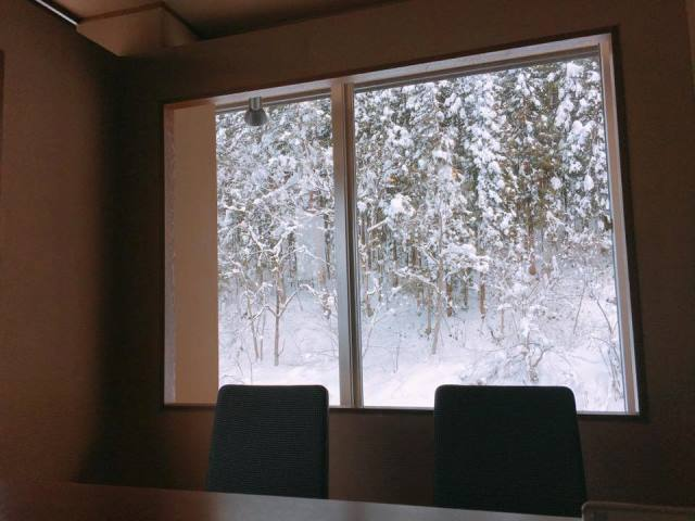 お食事処からの雪景色