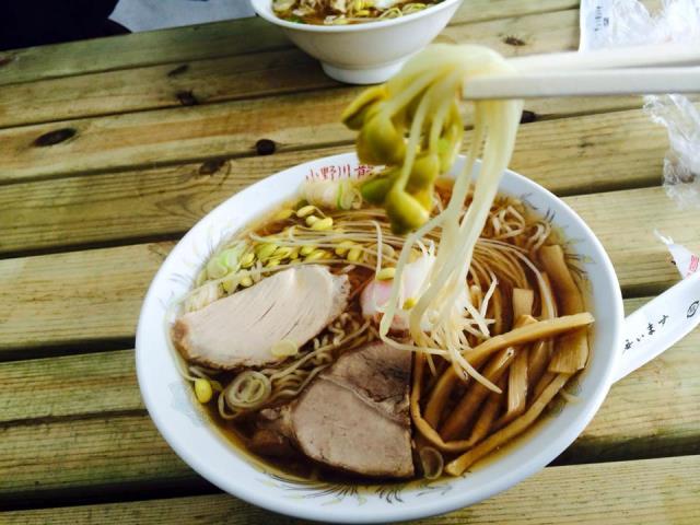 小野川豆もやしが ラーメンの麺のように長い(笑)