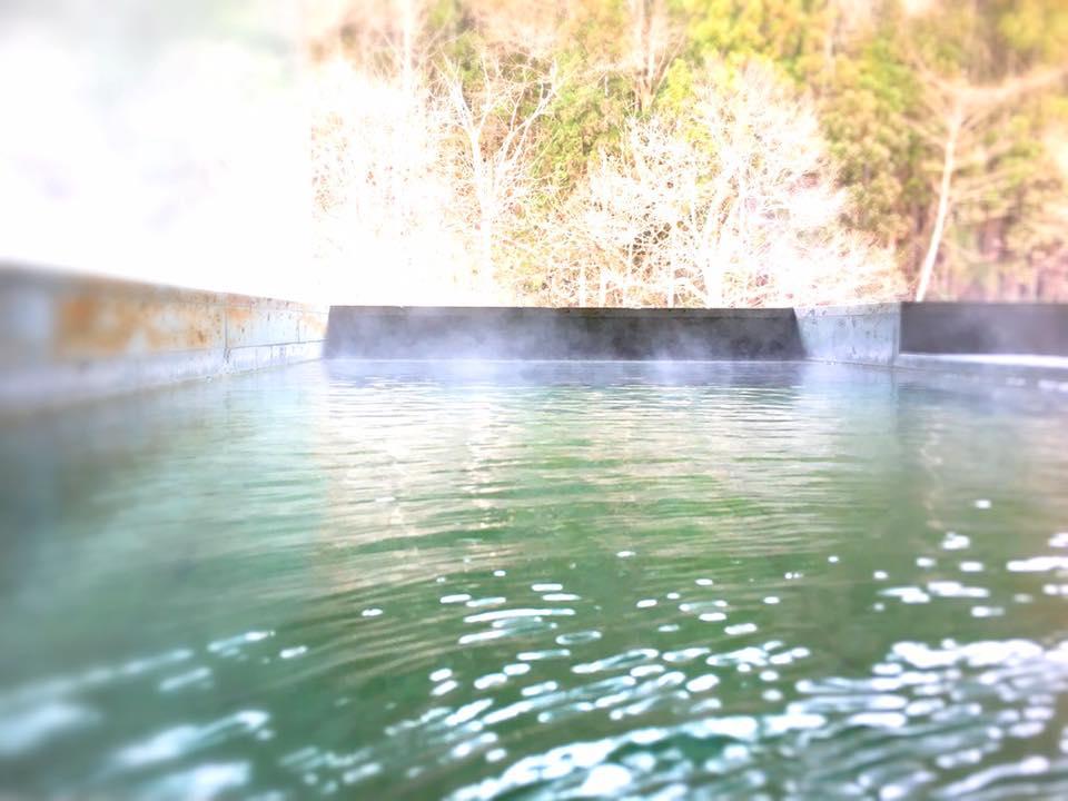 今朝の「時と光の湯」露天風呂より