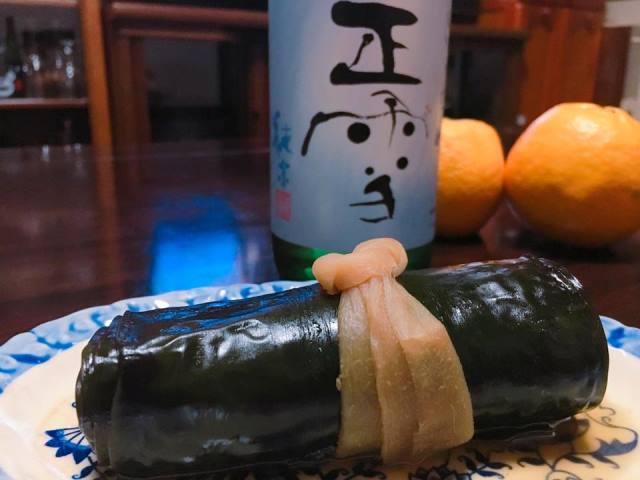 静岡伊豆の酒屋さんすぎちゃんから届いた日本酒とニシンの昆布巻きサイコーでした