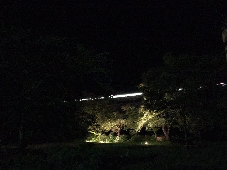 21時過ぎには回送の新幹線が通ってました!