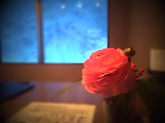 テーブルのお花だって 目配りを怠っちゃいけないね
