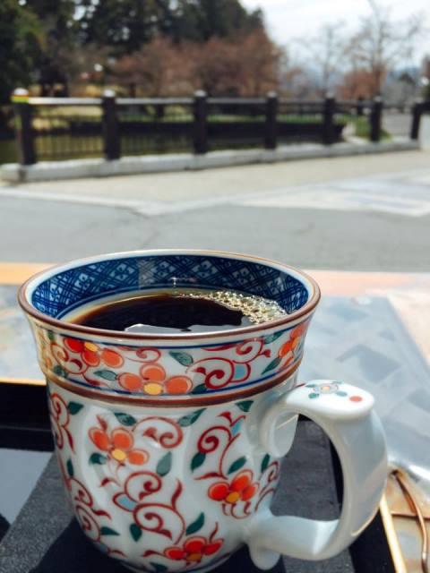 蓮櫻さんのテラスから桜を眺めてコーヒータイム♪