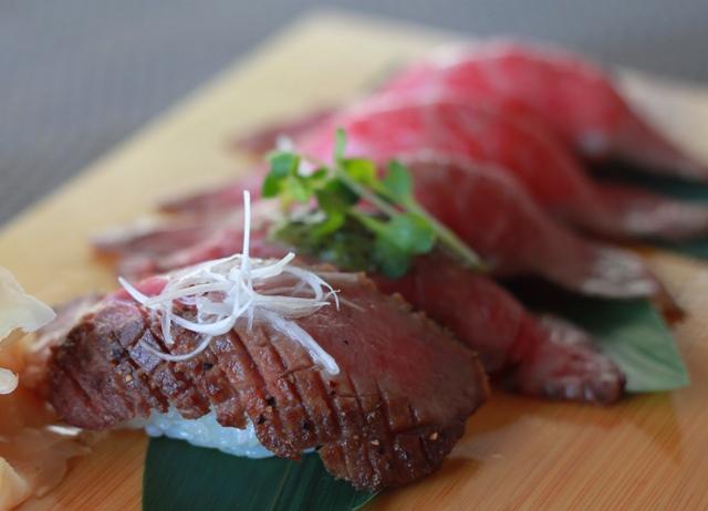 米沢牛寿司5貫盛り 牛タン入り